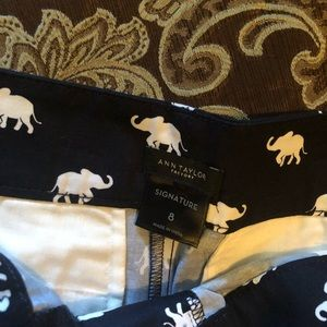 Elephants !!!!!!!! Ann Taylor size 8 shorts 🐘🐘
